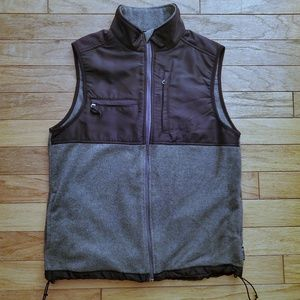 Chaps fleece and nylon vest